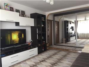 Apartament 3 camere de vanzare in Hipodrom Sibiu
