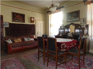 Apartament 2 camere de vanzare la casa zona Garii - Sibiu