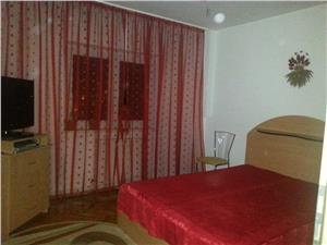 Apartament 4 camere, decomandate,zona Vasile Aaron