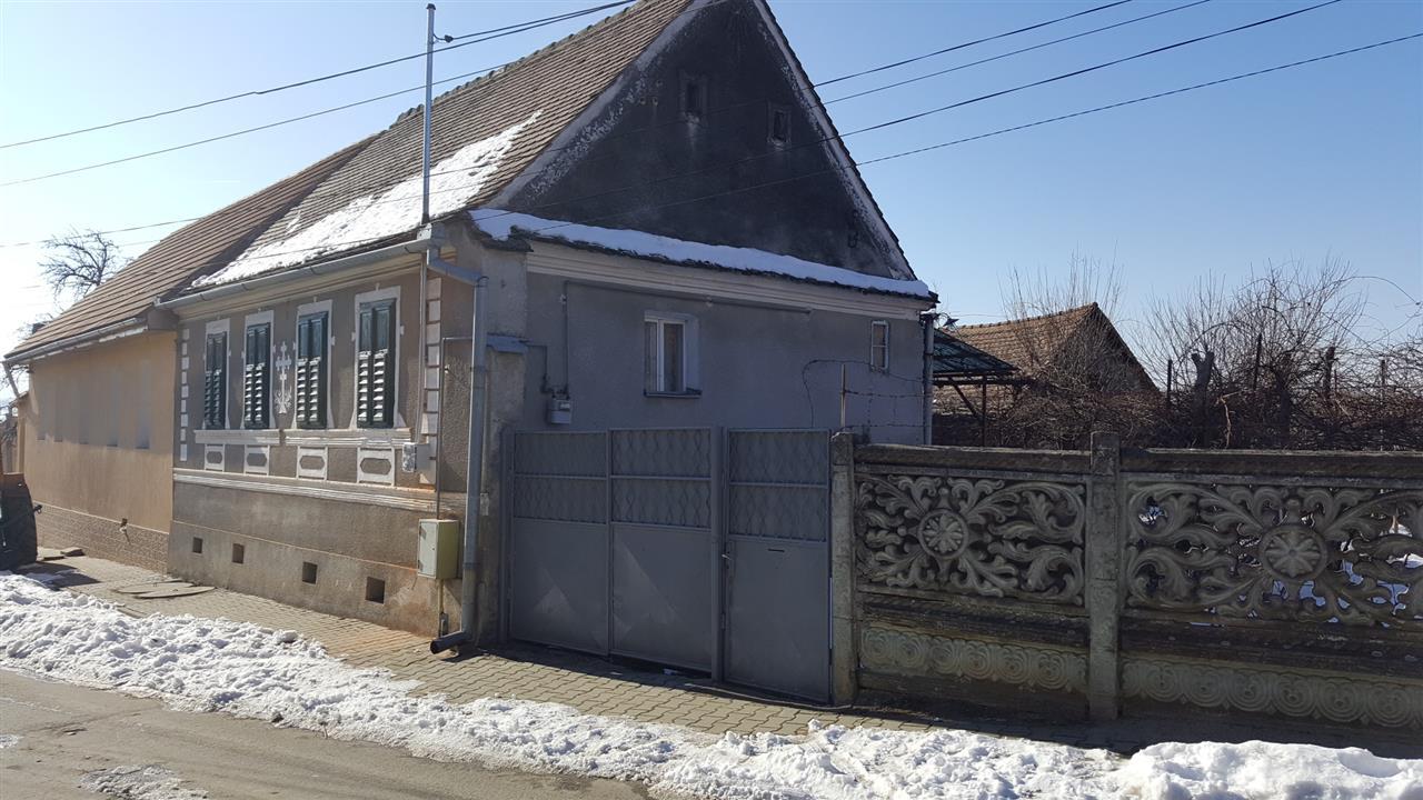 Casa de vanzare in mohu 7884 - Terenes casa rural ...
