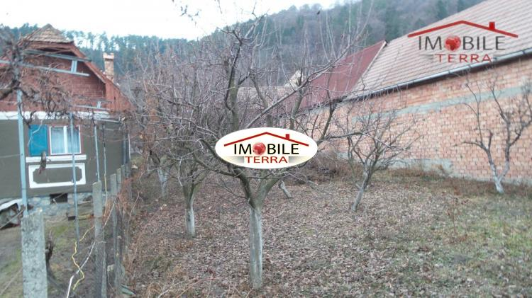 Teren pentru casa de vanzare in marginimea sibiului 1170 - Terenes casa rural ...