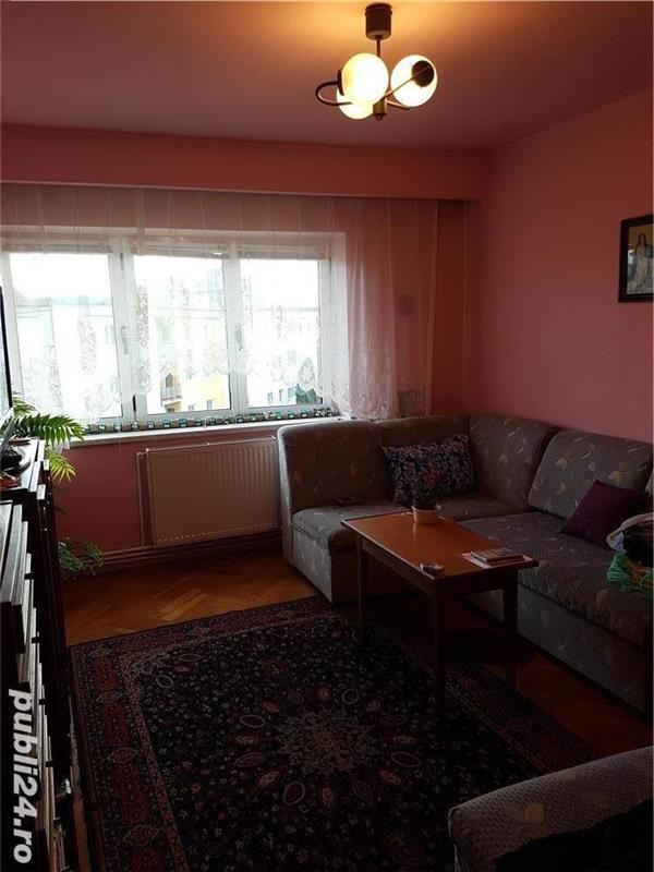 Apartament 3 camere de vanzare in Sibiu, zona Milea