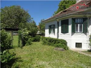 Casa 5 camere si 680 mp teren ultracentral Sibiu