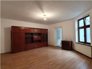 Apartament 2 camere central de vanzare in Sibiu
