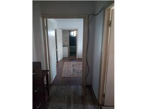 Apartament 3 camere de vanzare in Sibiu, zona Rahovei