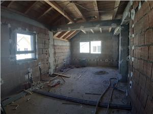 NOU Apartament 3 camere de vanzare in Selimbar