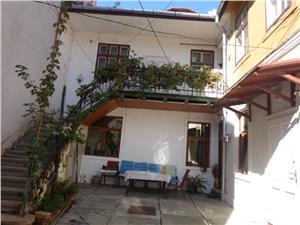 Apartament la casa central Sibiu