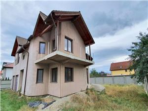 Casa spatioasa de vanzare in Selimbar
