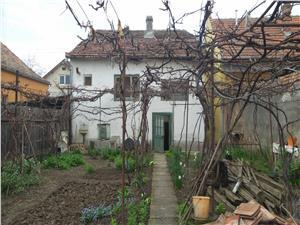 Casa de vanzare in zona Lupeni