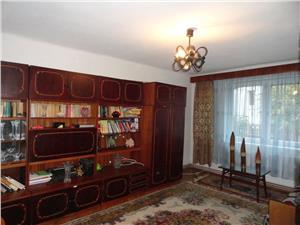 Casa pretabila 2 familii, zona Dumbravii