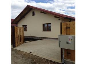 Vanzare Casa/Vila 3 camere, zona Calea Cisnadiei