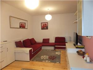 Apartament 3 camere de vanzare zona Tilisca