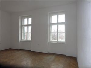 Apartament 2 camere la casa de vanzare in zona centrala Sibiu