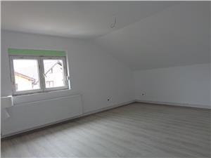 Apartament 4 camere de inchiriat in Selimbar la casa
