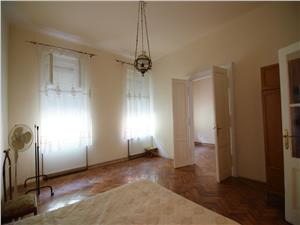 Apartament 3 camere ultracentral in Sibiu