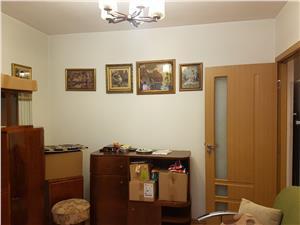 Apartament 2 camere loc nou zona Terezian