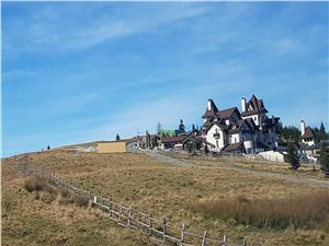 Teren in Valari la 7 km de statiunea montana Paltinis