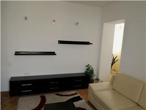 Apartament 3 camere ultracentral de vanzare in Sibiu