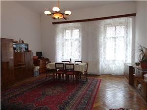 Apartament 2 camere spatioase de vanzare Piata Mare - Sibiu