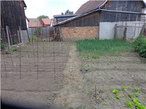 Teren si casa singur in curtede vanzare in Turnisor - Sibiu