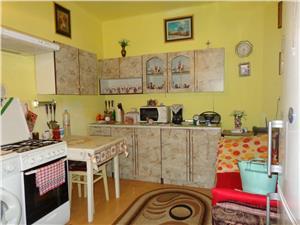 Apartament la casa cu intrare separata de vanzare in Strand  Sibiu
