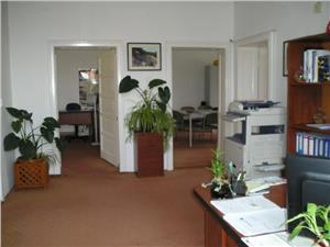 Spatiu birouri  la casa pentru inchiriere in zona Dumbravii - Sibiu