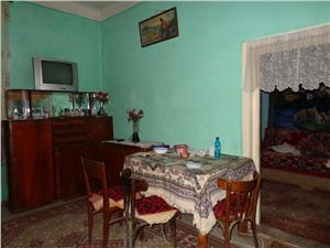 Casa corp separat de vanzare  ultracentral in Sibiu