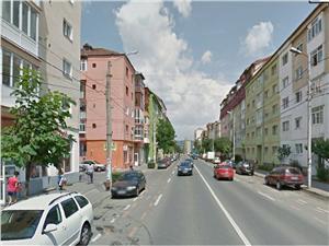 Apartament 3 camere de vanzare in Vasile Aaron, zona piata - sibiu