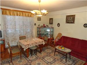 Casa de tip duplx de vanzare in zona Calea Dumbravii  Sibiu