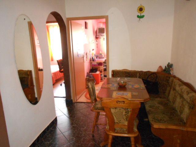 Apartament 3 camere etaj 2 in Vasile Aaron - Sibiu