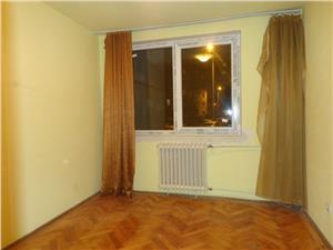 Apartament 3 camere de vanzare Hipodrom- Sibiu